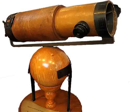 Newton-Reflecting-Telescope