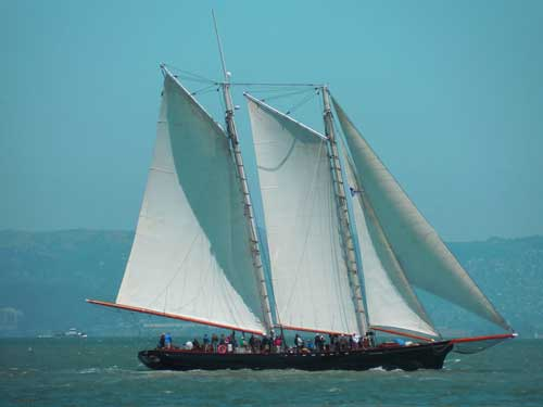 boat-with-sails