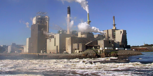 factory-water-pollution