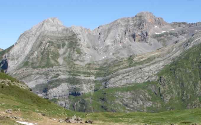 folded-mountain