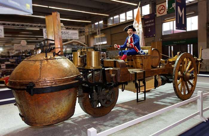 first-steam-engine-car