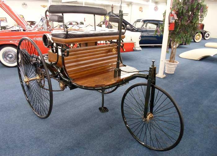 replica-of-first-benz-car
