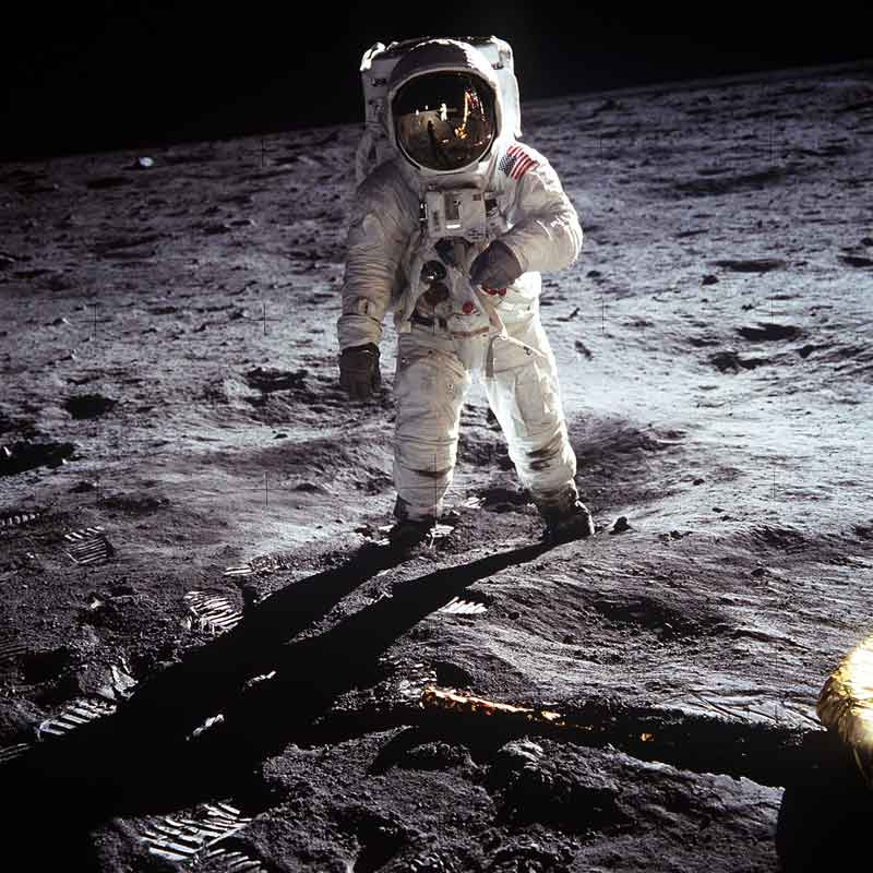 Apollo-11-man-on-moon