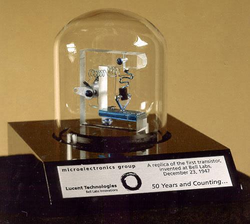first-transistor-bell-laboratories
